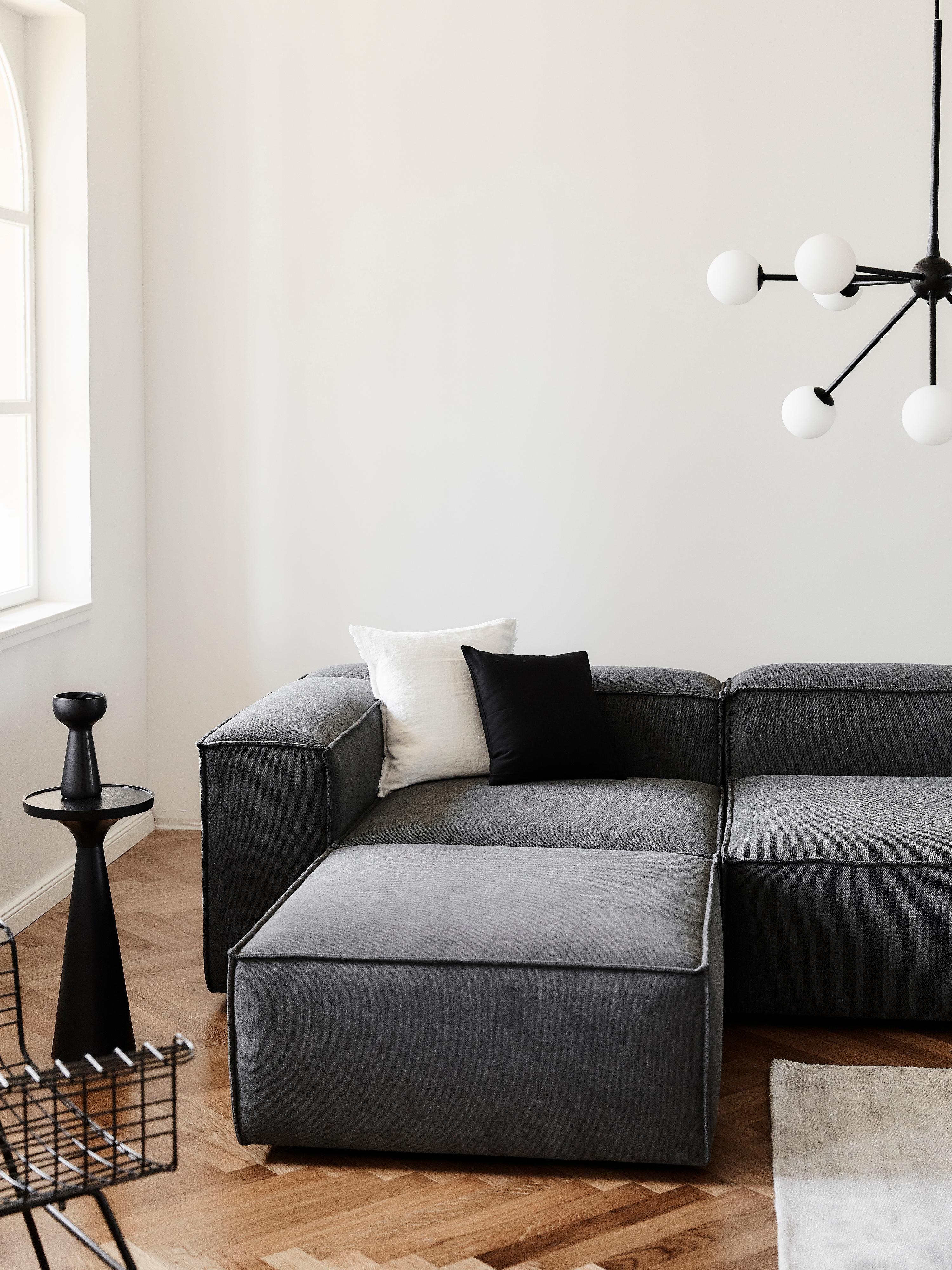 Modulares Sofa Lennon 4 Sitzer Mit Hocker In Anthrazit Westwingnow Modulares Ecksofa Westwing Sofa Mobel Wohnzimmer