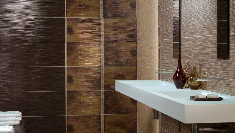Textura rugosa en la pared de un ba o texturas en obras - Combinaciones de colores de ceramicas para banos ...