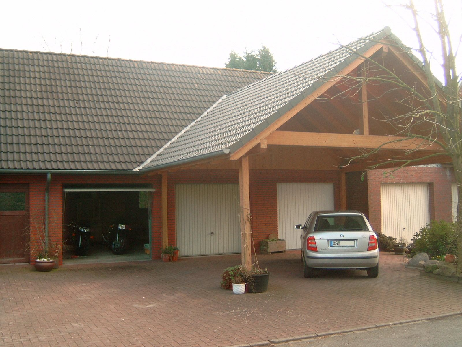 Most popular carport designs carportdesigns home for Carport with attached workshop