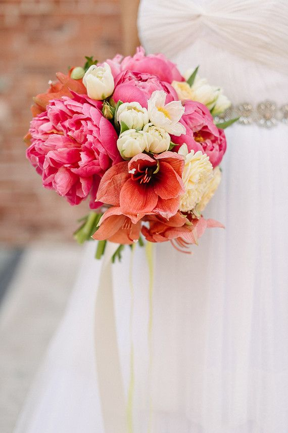 Bridal bouquet | Wedding & Party Ideas | 100 Layer Cake | SO HAPPY ...
