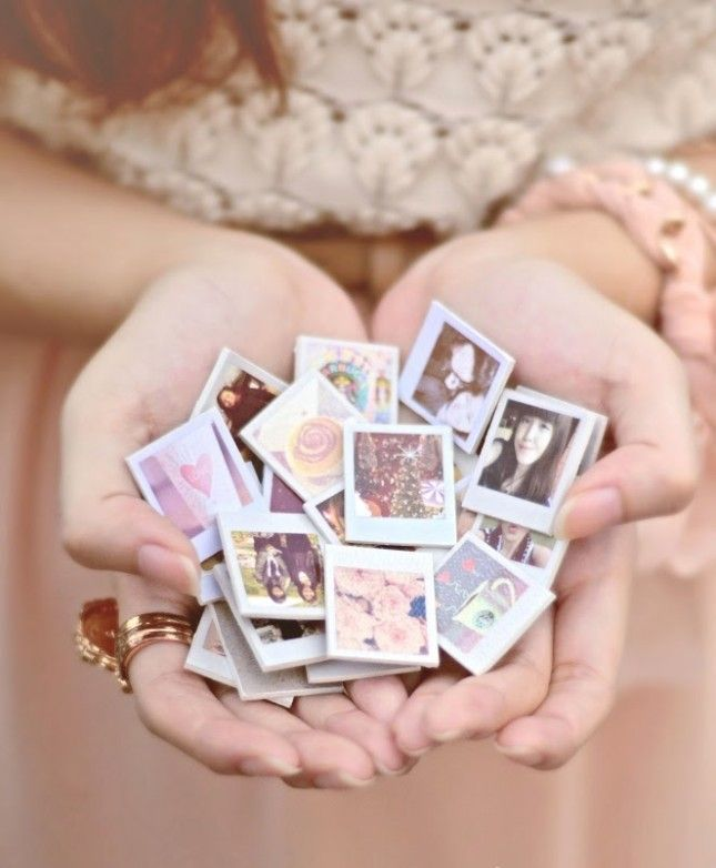 23 Teeny Tiny Party Favors You Can DIY Magnets, Template and Gift - polaroid template