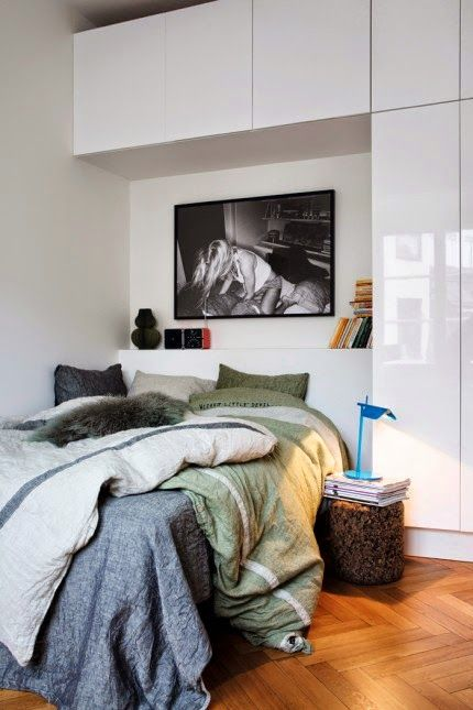 candid black and white above the bed | Daily Dream Decor