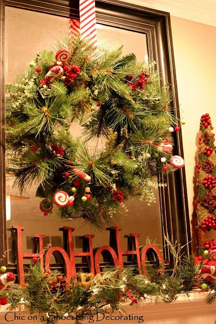Love this hanging wreathmaybe do the wreath in the center of my