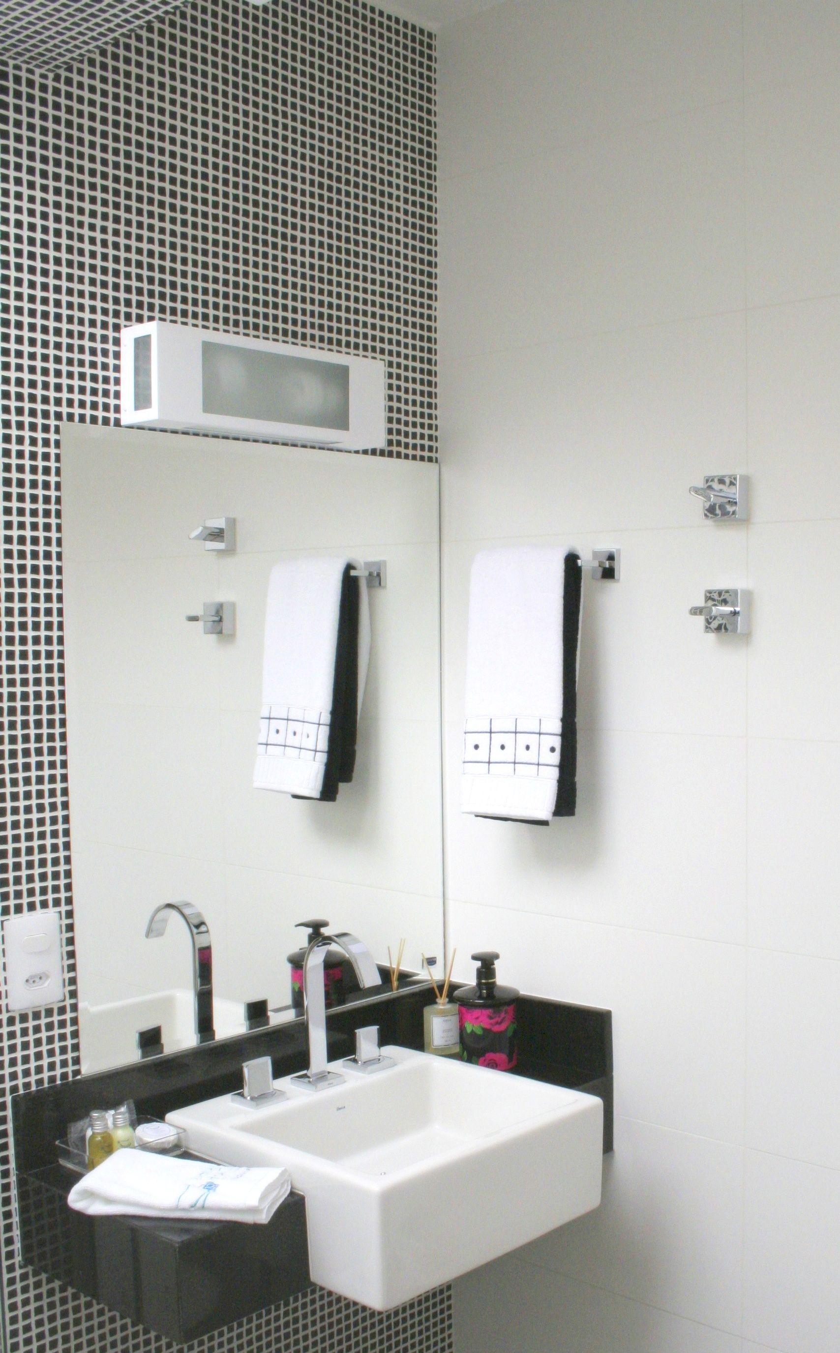 ideias legais banheiro on Pinterest Small Bathrooms Floating Shelv  #5F4949 1708 2751