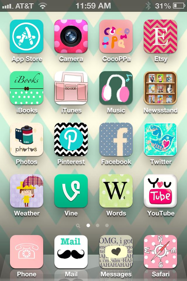You can customize your iPhone/iPad icons with the CocoPPa
