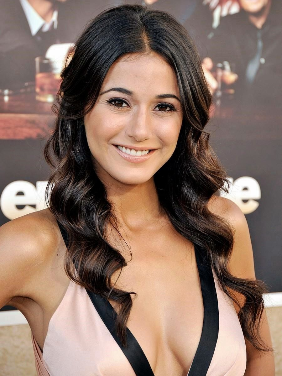 Is a cute Emmanuelle Chriqui nude photos 2019