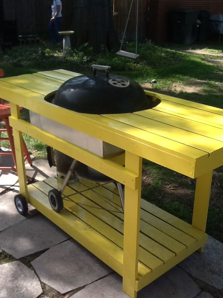 Table Built Around A Weber Grill Outdoor Cooking Area Diy Bbq