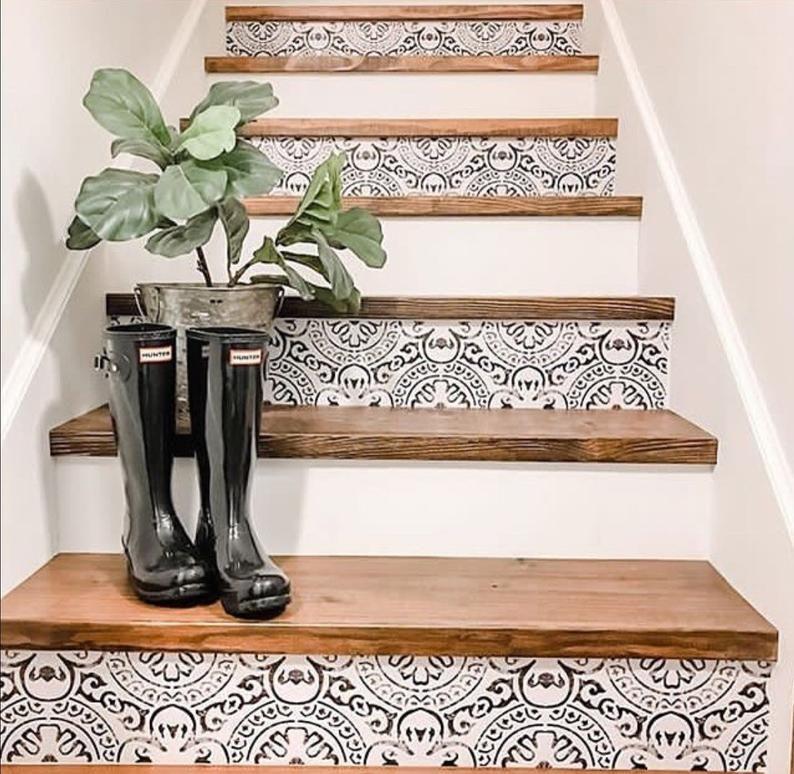 Amalfi Peel And Stick Treppensteig Vinylstreifen Selbstklebend Etsy In 2020 Stair Decor Stair Riser Vinyl Flooring For Stairs