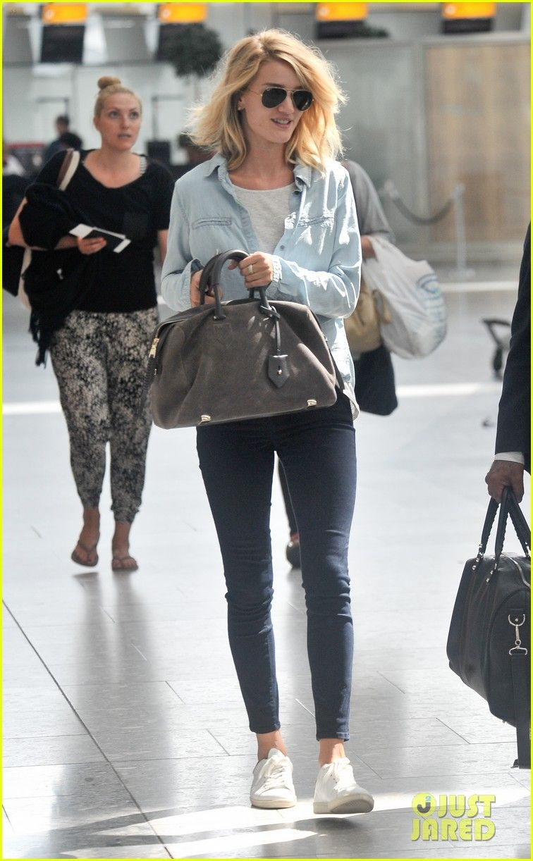 Rosie Huntington-Whiteley Teases 'Exciting Things' On Instagram Before Flight Out Of London | Rosie Huntington-Whiteley Photos | Just Jared