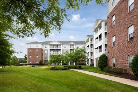 Alexandria Va Apartment Rentals Manchester Lakes Senior Apartment Homes Senior Apartments Rental Apartments Apartment
