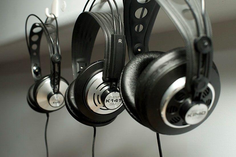 8d1798e543c Vintage AKG Headphones -K140 - K141 - K240 Sextett | Good Things ...