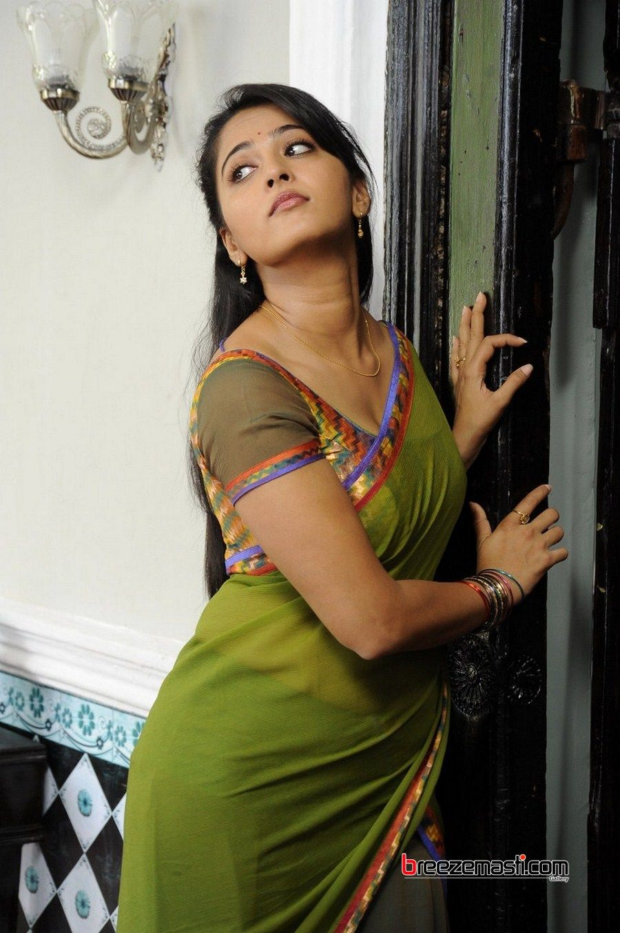 Anushka Shetty Hot Google Search