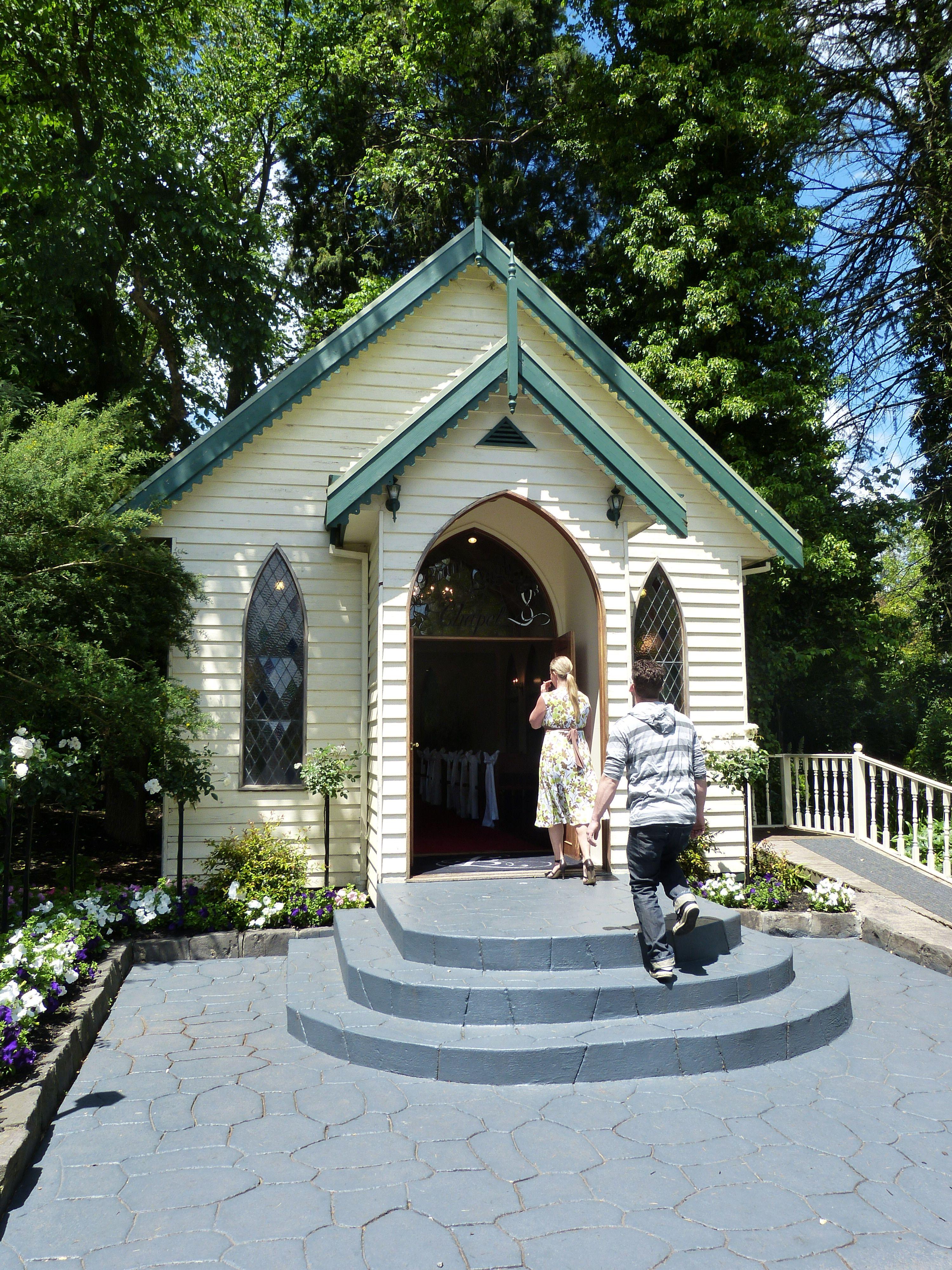 Bram Leigh Croydon Chapel If It S Wet My Wedding Pinterest