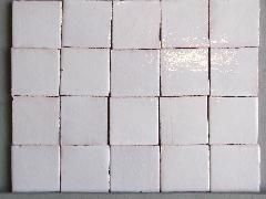 Terre Cuite Emaillee Style Ancien 10x10 Ton Blanc Creme Img 1230