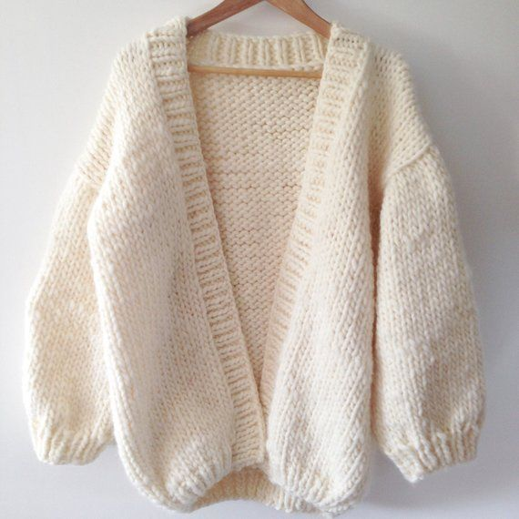 Modèle de cardigan sans couture épais   – Stricken