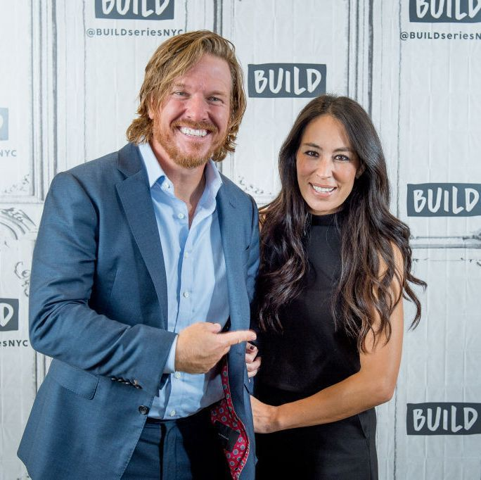 Take a Tour of Chip and Joanna Gaines's Shiplap-Filled Farmhouse #chipandjoannagainesfarmhouse Chip and Joanna Gaines House Tour - Fixer Upper Farmhouse #chipandjoannagainesfarmhouse