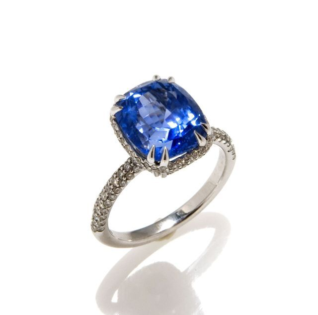 6.90ct Sapphire and Diamond Ring