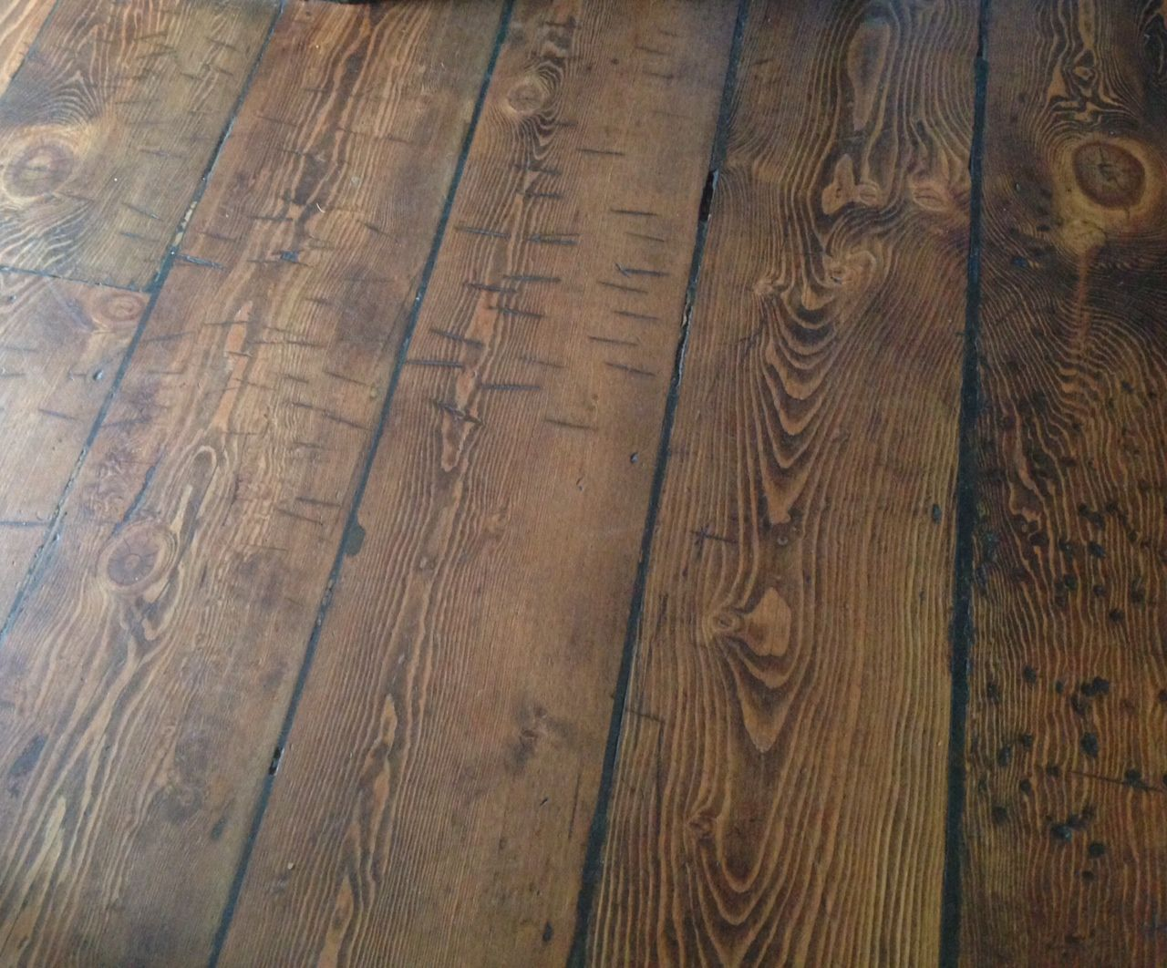 Rustic douglas fir floors reclaimed wood flooring for Reclaimed douglas fir flooring