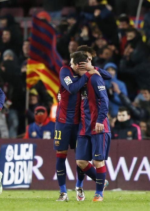 Somados, Messi e Neymar tem mais gols no ano de 2015 do que qualquer clube espanhol (21)