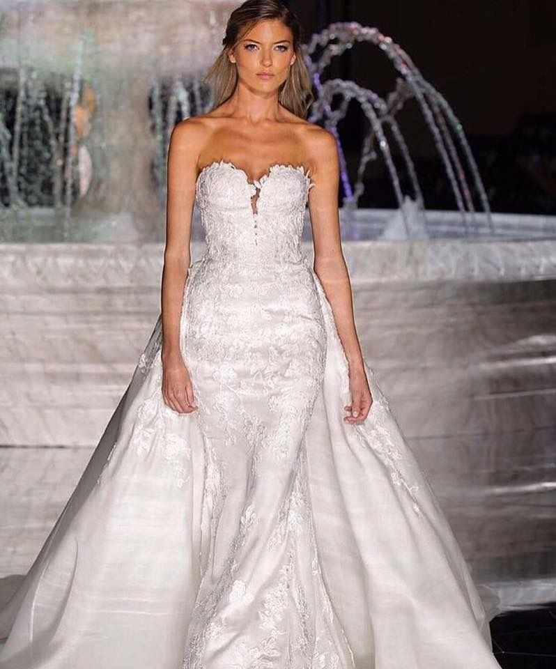 Wedding Gown Fashion Show: What An Amazing Show And An Absolutely Stunning Collection