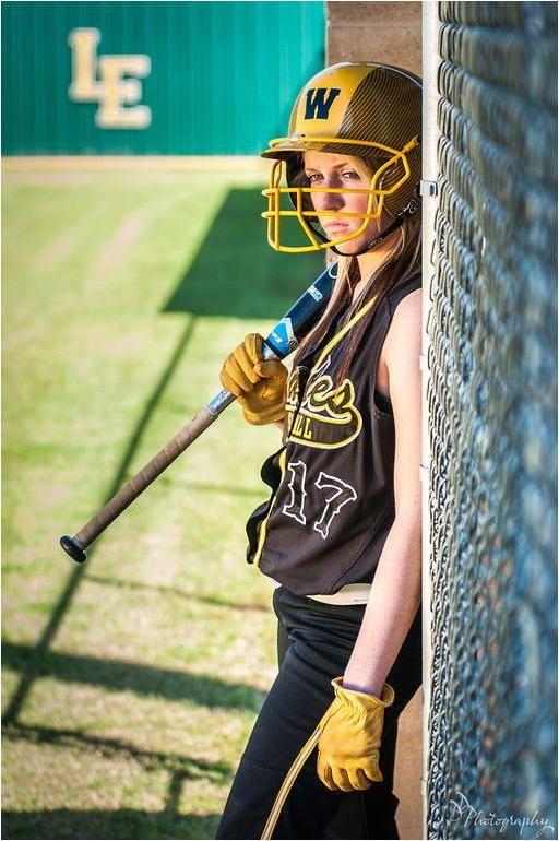 Baseball Tips For Beginners Softball Senior Pictures Softball Photography Softball Team Pictures