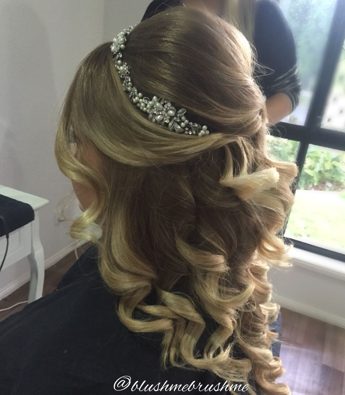 Half Up Half Down Hairstyle With Curls Headband Done By Myself Weddinghairshort Hair Down Styles Beautiful Wedding Hair Bridal Hair Half Up