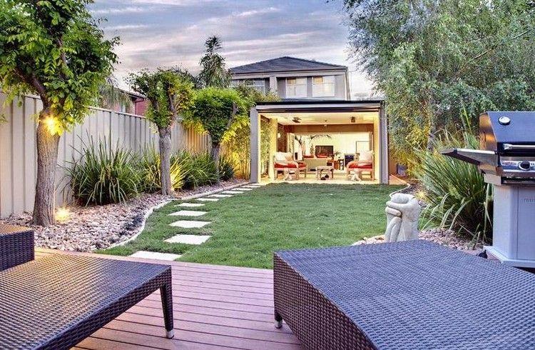 Décoration jardin extérieur avec allée en pas japonais, meubles en ...