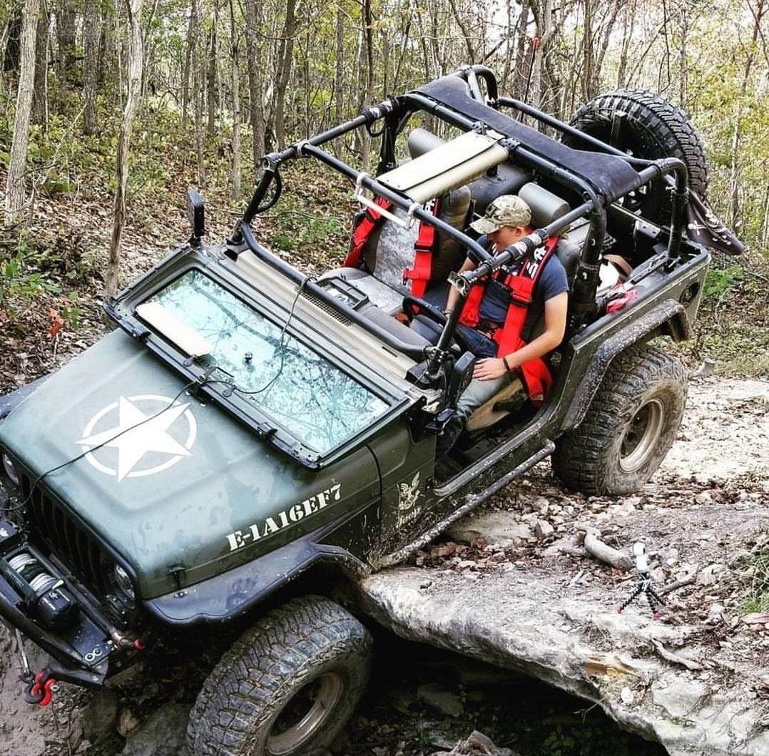 Body Armor 4X4 Side Tube Rails For Jeep Wrangler TJ 97-16 TJ-4322