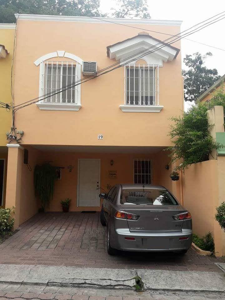 En venta casa en residencial privado Valparaiso ubicada en