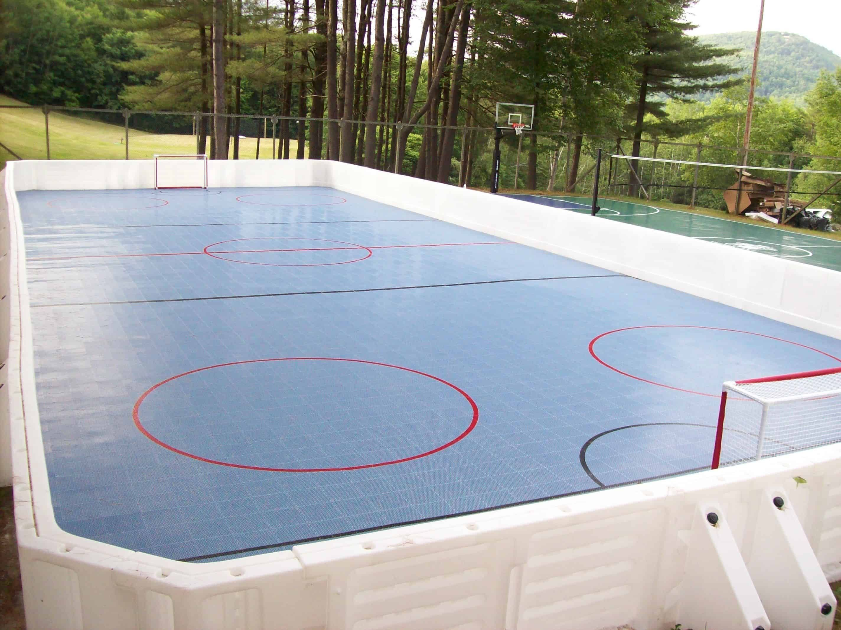 10 Ways How to Build a Backyard Ice Rink Ideas - Simphome ...