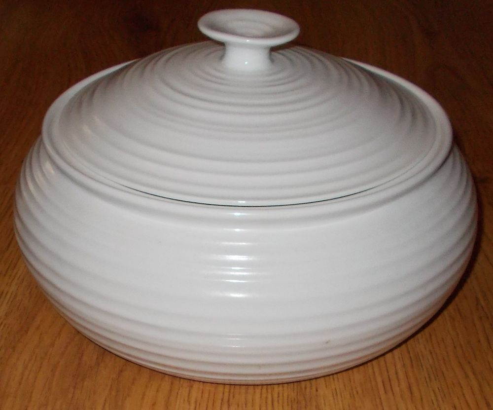 Portmeirion Sophie Conran White Low Covered Casserole by Portmeirion