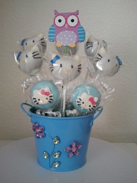 Hello Kitty Cake Pop and Oreo Pop Bouquet i put together. The birthday girl's favorite color is blue :-) #cakepopbouquet Hello Kitty Cake Pop and Oreo Pop Bouquet i put together. The birthday girl's favorite color is blue :-) #cakepopbouquet