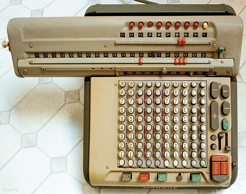 Monroe Calculator   Electric But Also With Manual Devices