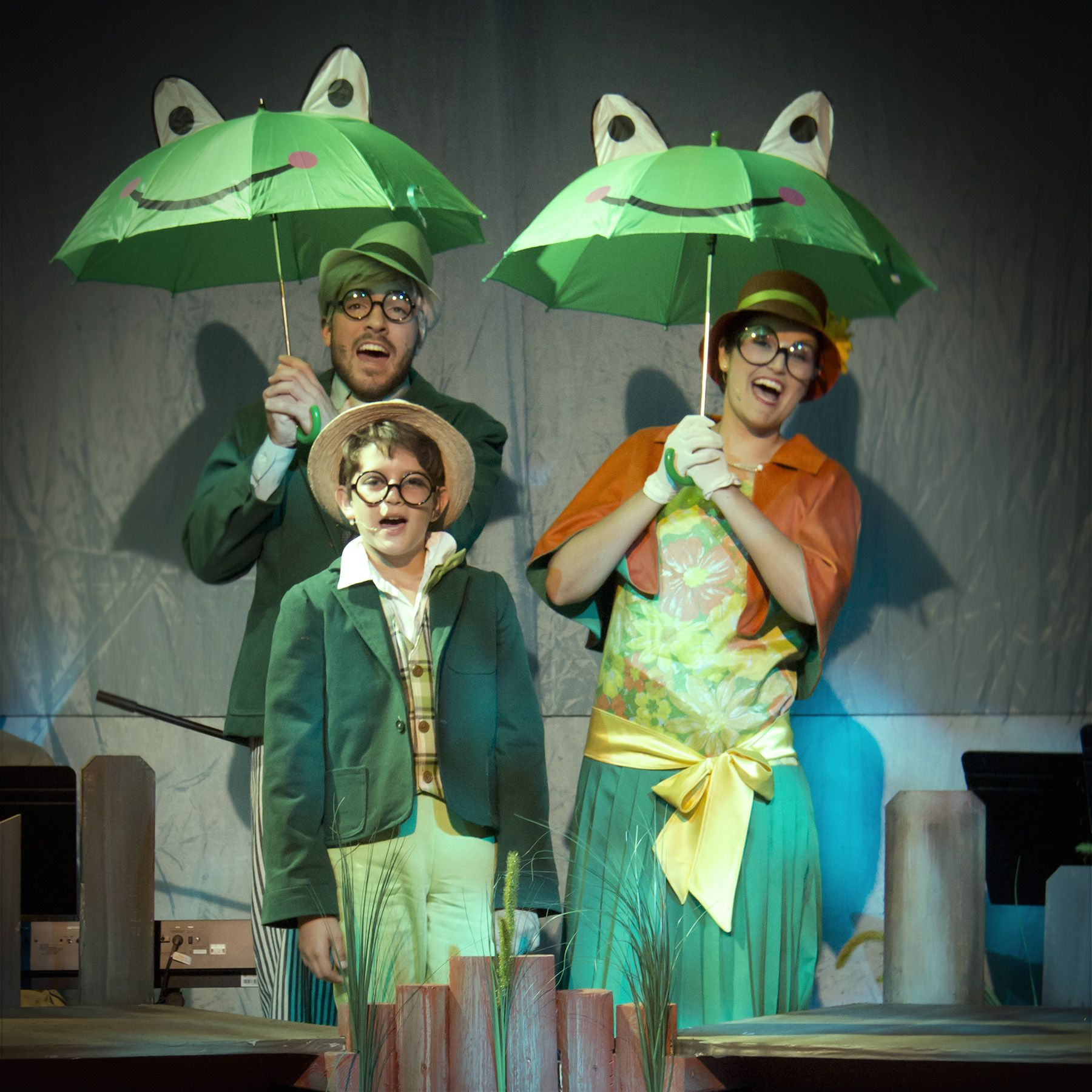 Pin By Meems Gomez On A Year With Frog And Toad With Images
