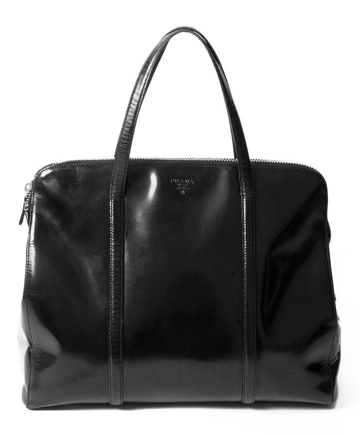 289b6dcd1fd7 Prada Black Spazzolato Shoulder Bag koop veilig en snel online tweedehands  designer handtassen