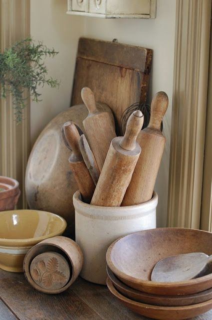 vintage breadboard rolling pins bowls collections i love