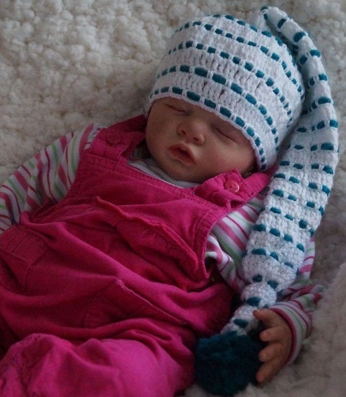 Baby-Mütze gehäkelt