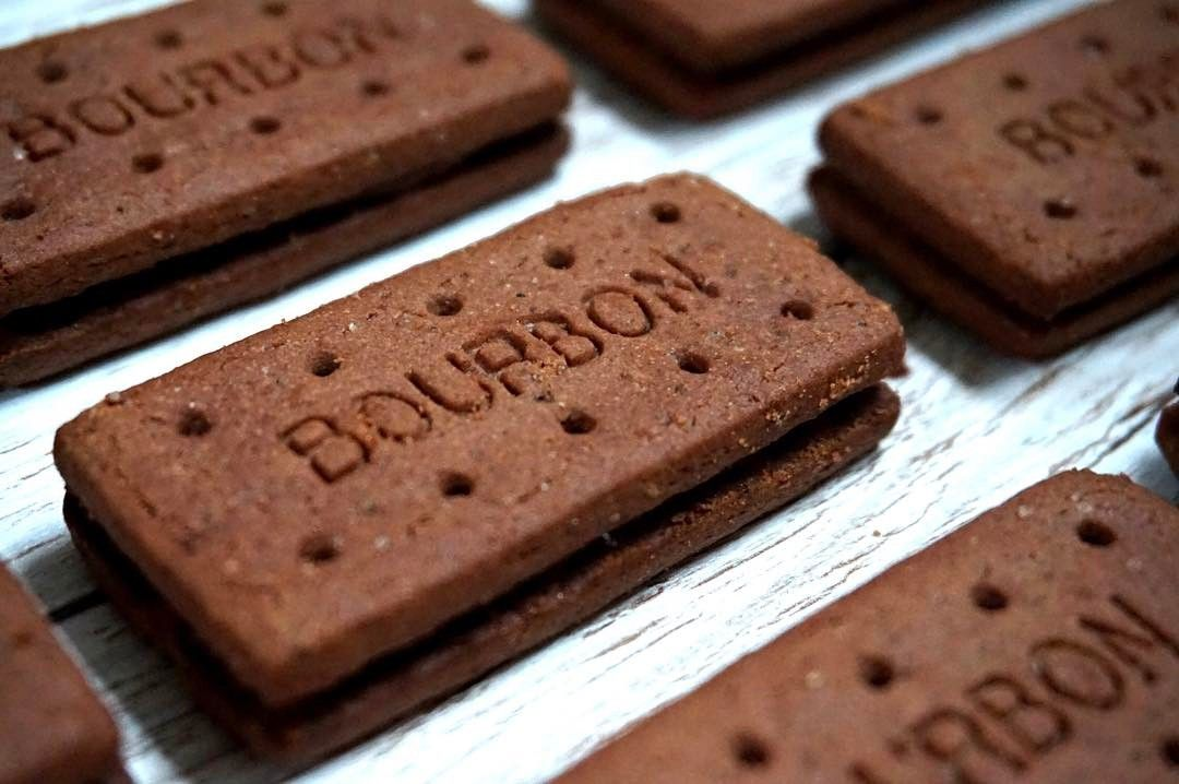 All hail the chocolate Bourbon  How do you eat yours? . . . .  #BritishHappiness #Bourbon #biscuit #chocolate #food #foodie #foodpic #Expat #Expatslife #britishexpats #supermarket
