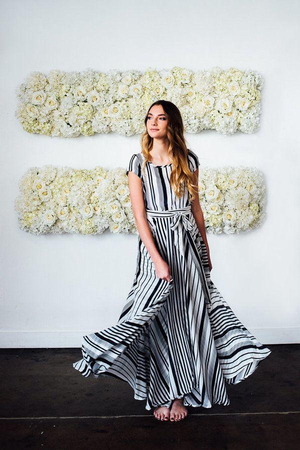 2bd4321df27 Shabby Apple Zebra Maxi Dress Navy   White