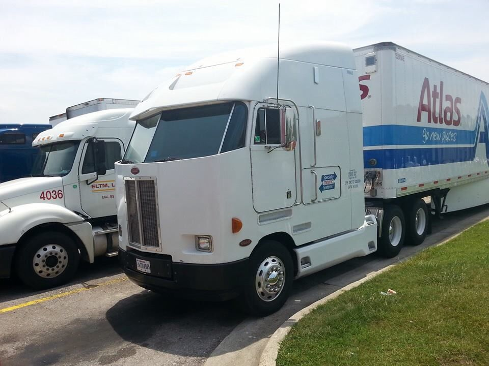 Peterbilt 372 COE very rare always thought these were cool ...