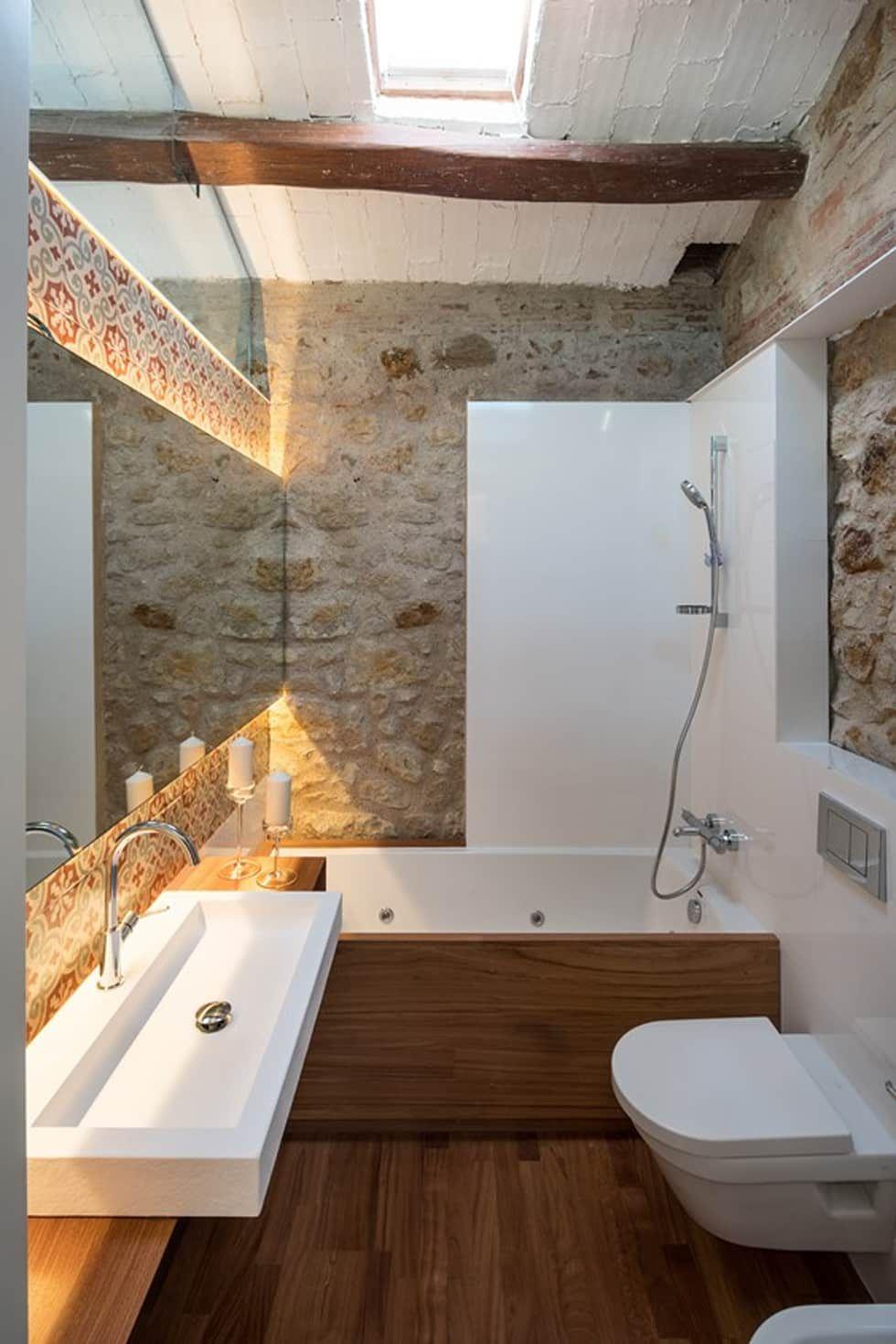 Bagno In Stile Rustico Di Tono Bagno Arredamento Bagno Arredamento Bagno Rustico Bagni Rustici Moderni