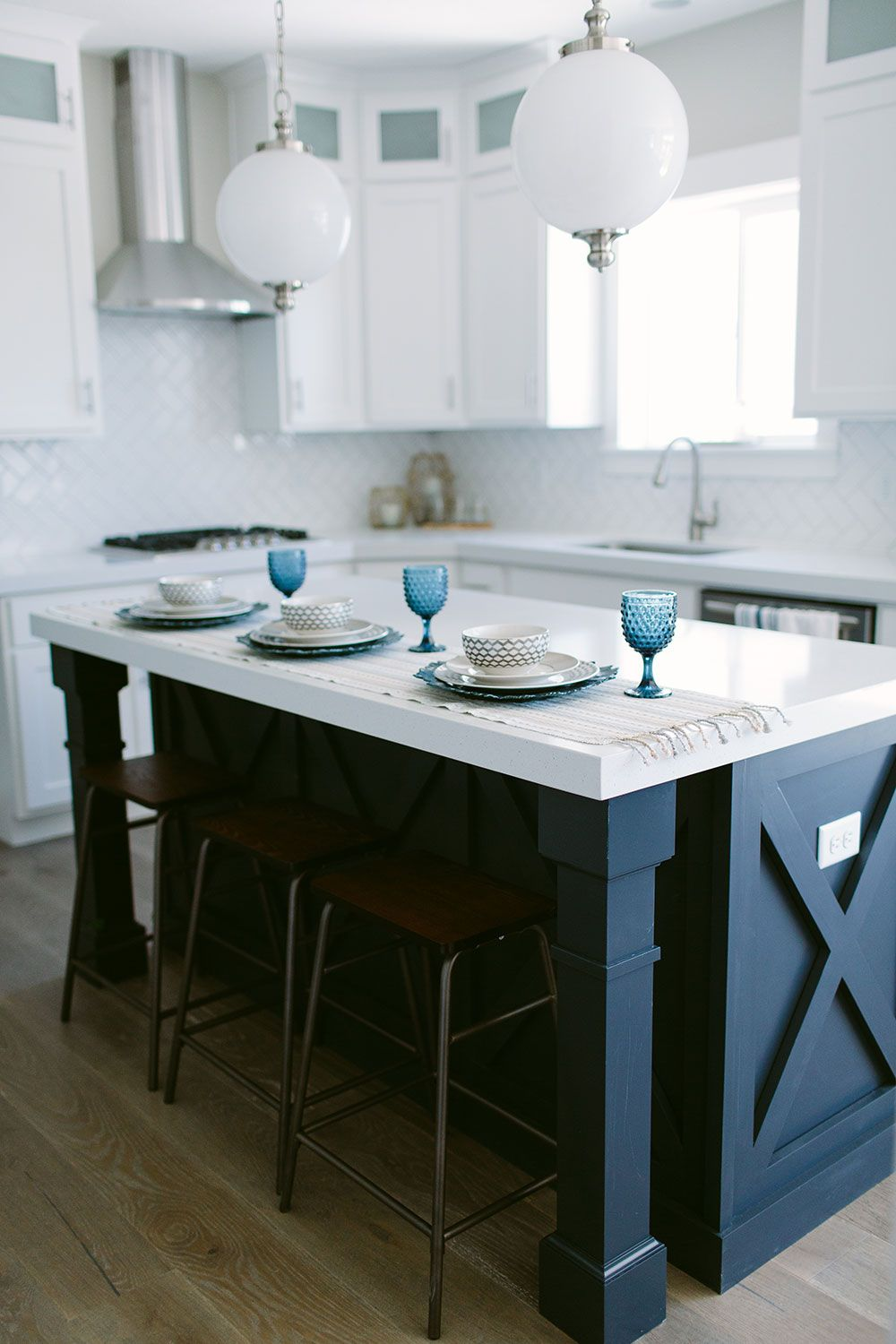 10 questions to ask when building a custom home | kitchen white