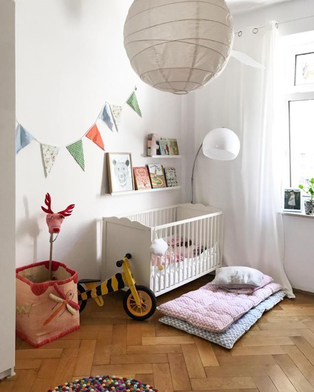 Abendliche Ruhe #kinderzimmer #bunt #mädchenzimmer #altbau ...