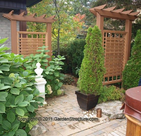 cedar weave trellis privacy panels in oakville fences