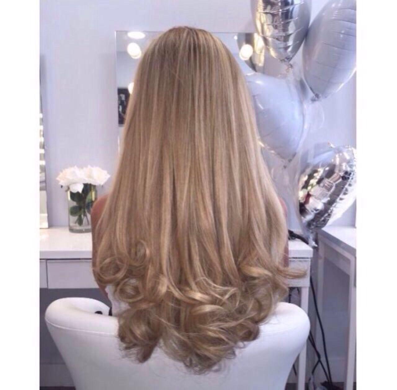 straight hair with curled ends. gorgeous! i really need a