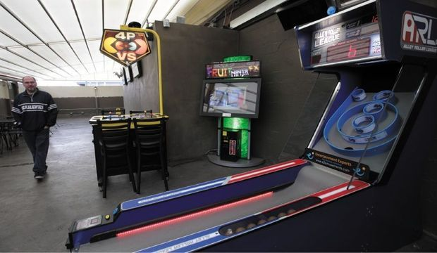 New Owner New Look For Charlie S Bar Grill In Olympia The Olympian Gaming Products Arcade Games Arcade