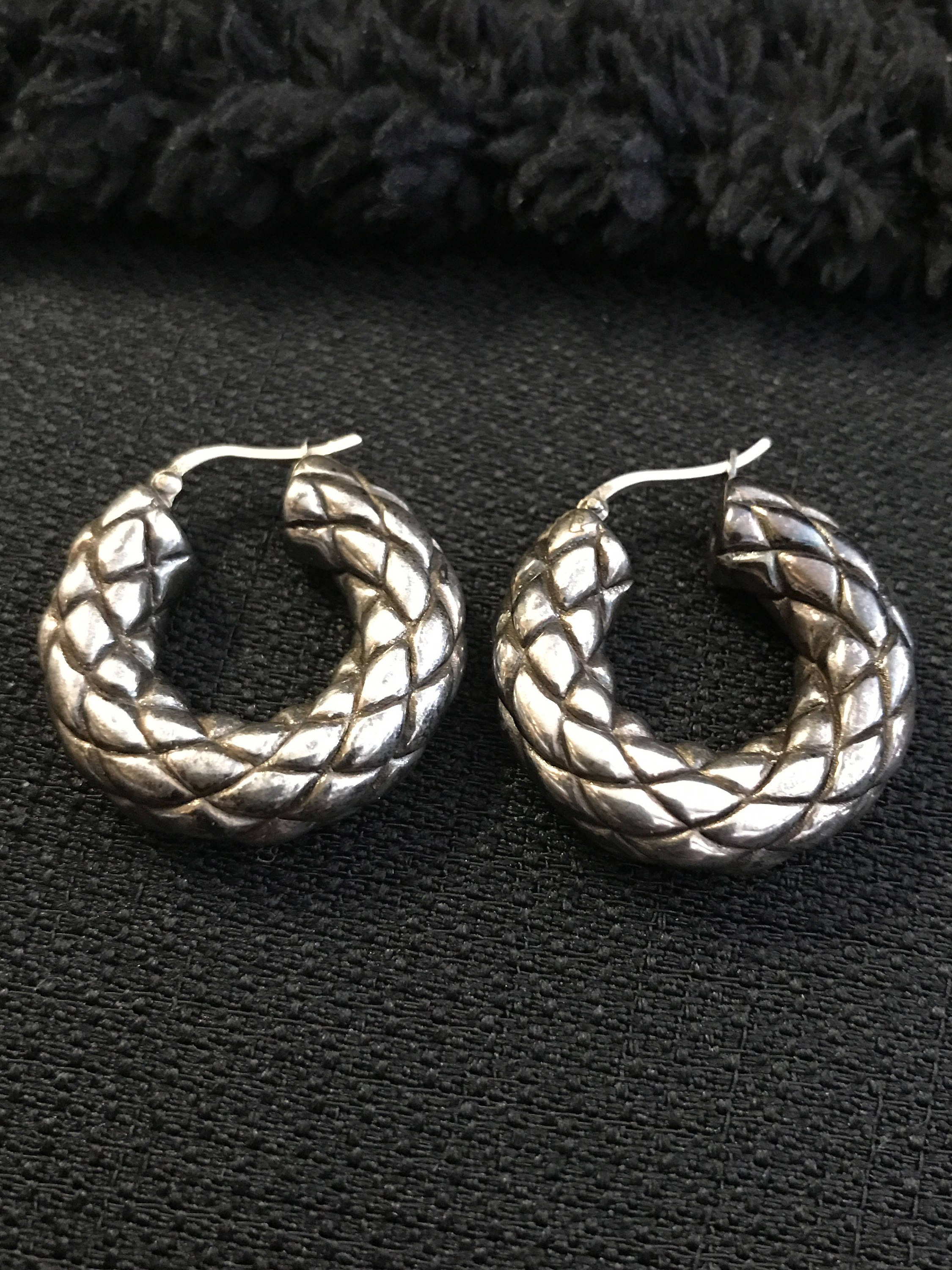 Vintage Textured Diamond Cut Oxidized Sterling Silver Hoops Earrings