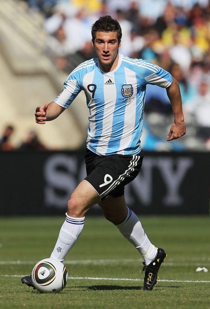 Gonzalo Higuain Photos Photos Argentina V South Korea Group B 2010 Fifa World Cup Jugadores De Argentina Futbol De Primera Seleccion Argentina De Futbol