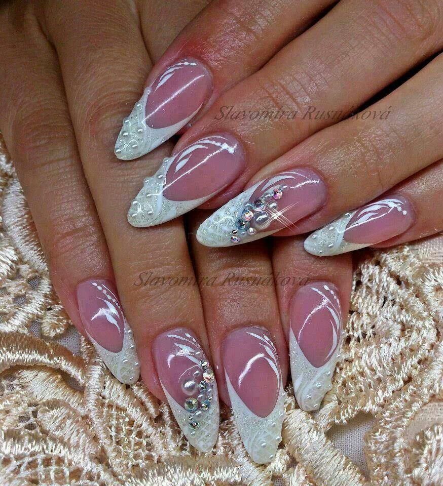 Pin by Eszter Molnar on Nails [French & Wedding]   Pinterest ...
