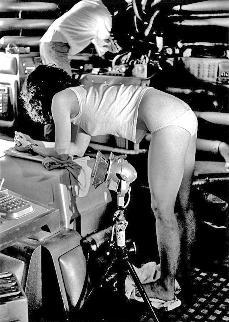 Sigourney Weaver - Alien 1979  Fantasy Females At -8819